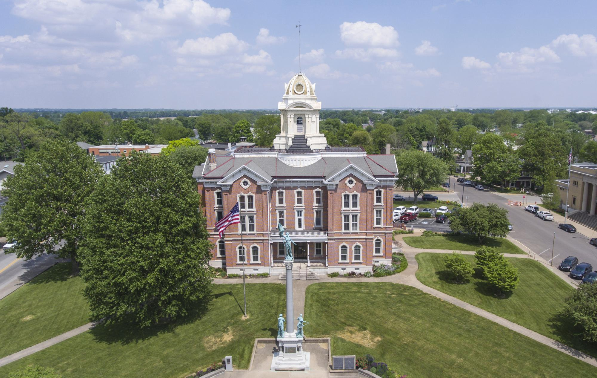 Mt Vernon Indiana - Courthouse Aerial